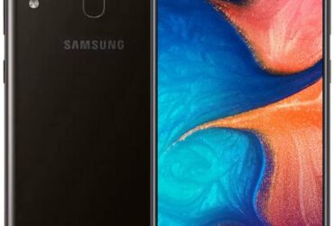 Layar bezel tipis Samsung Galaxy A20